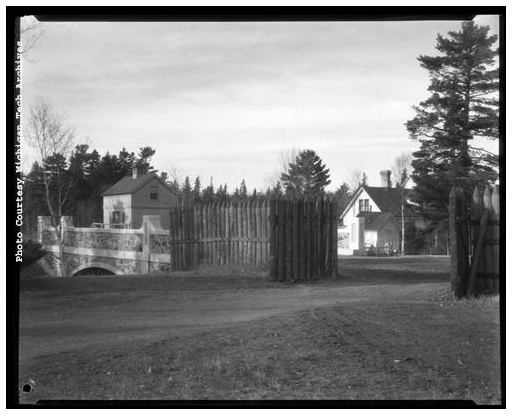 Fort Wilkins Gates 1928